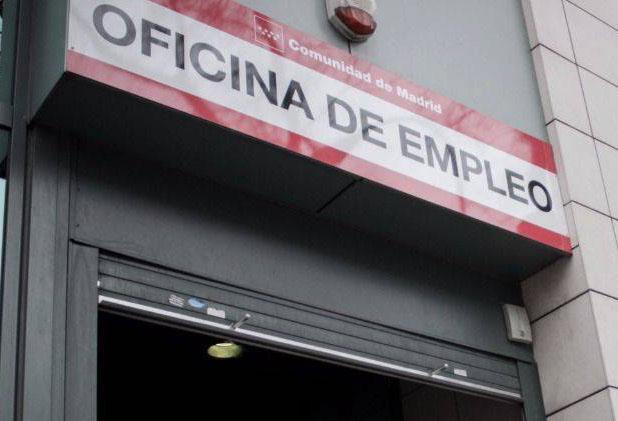 Sellar el paro en Llorenç del Penedès (Tarragona)